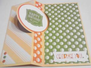 Bright Flip Cupcake Open