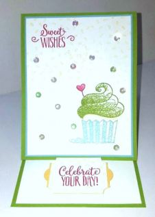 sweet cupcake easel front open
