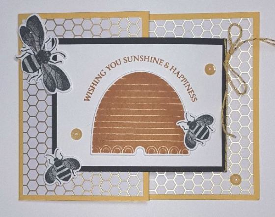 Honey Bee Joy Fold Front